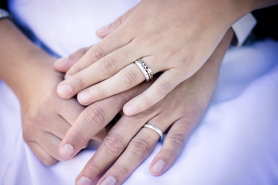 Passenden Verlobungsring